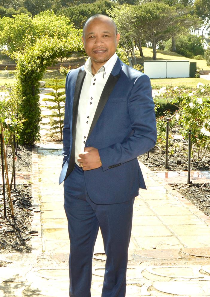 Denzil Sampson