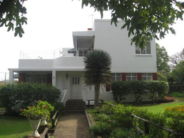 3 bedroom house for sale in Kingswood