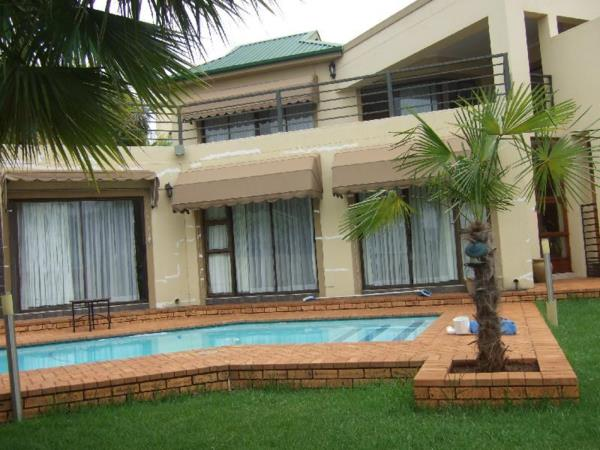 4 bedroom house for sale in Caribbean Beach