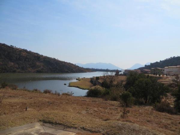 600 m² vacant land for sale in Estate D Afrique