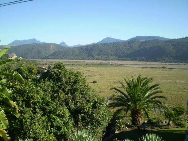 1839 m² residential vacant land for sale in Wilderness