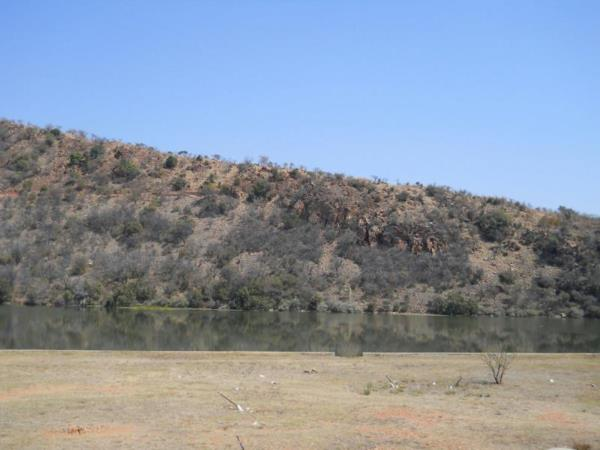 700 m² residential vacant land for sale in Estate D Afrique