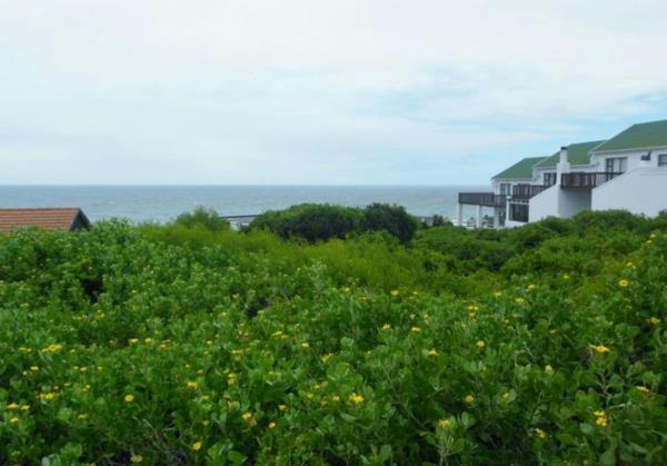 1487 m² residential vacant land for sale in Seaview