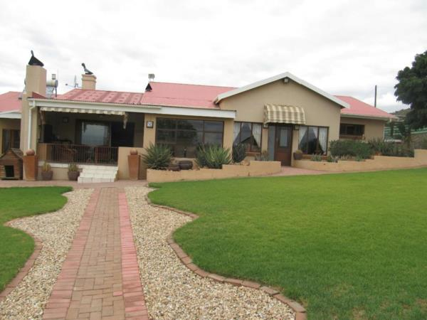 295.2 hectare lifestyle property for sale in Oudtshoorn Rural