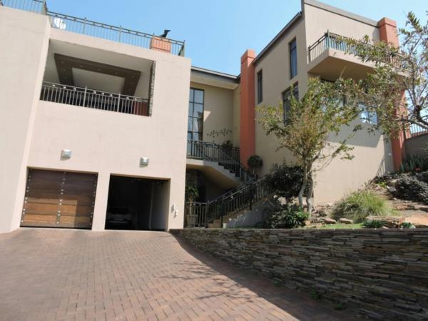 4 bedroom house for sale in Safari Gardens