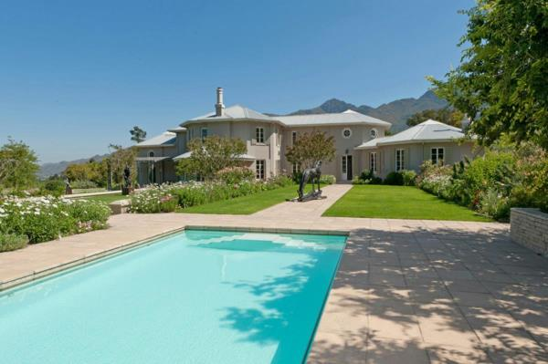 5 hectare smallholding for sale in Franschhoek