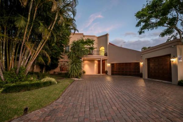 5 bedroom house for sale in Beacon Bay
