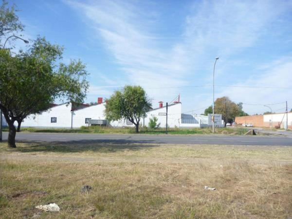 8371 m² commercial industrial property for sale in Kimberley