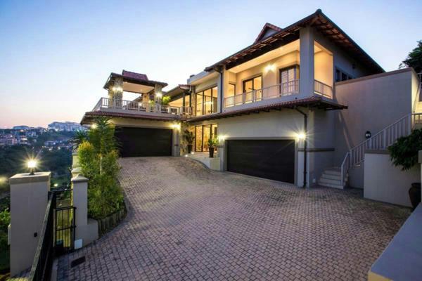6 bedroom security estate home for sale in La Lucia