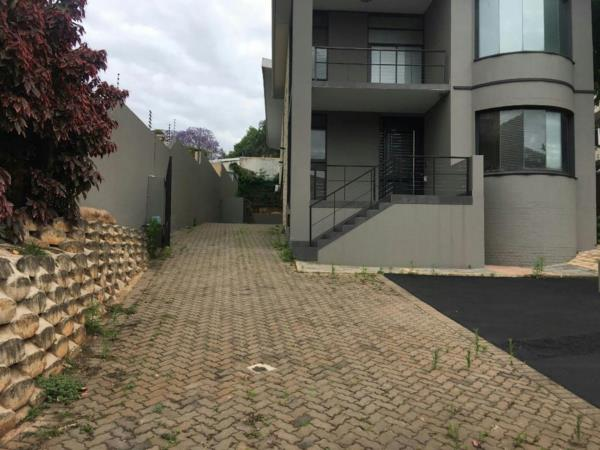 400 m² commercial office for sale in Musgrave