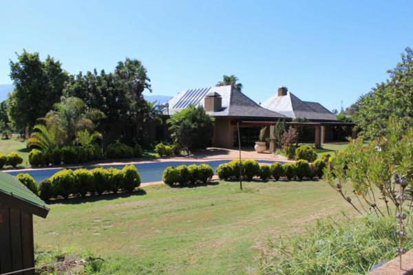 13279 m² commercial industrial property for sale in Paarl South