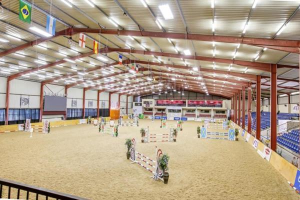 58182 m² equestrian farm for sale in Beaulieu