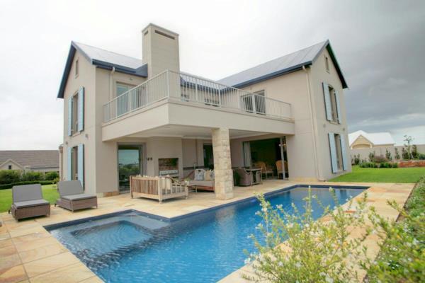 4 bedroom house for sale in Kingswood Golf Estate