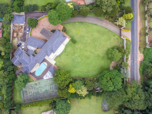9 bedroom house for sale in Kloof