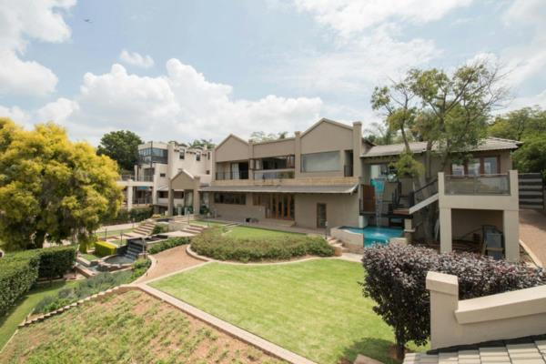 9 bedroom house for sale in Waterkloof Ridge