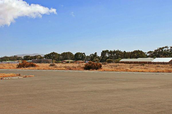 878 m² vacant land for sale in Darling