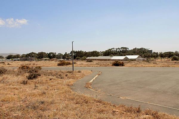 799 m² vacant land for sale in Darling