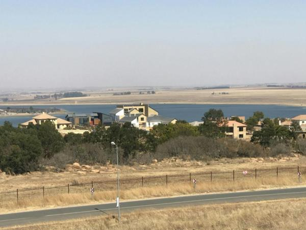 6.5 hectare residential vacant land for sale in Kungwini Country Estate