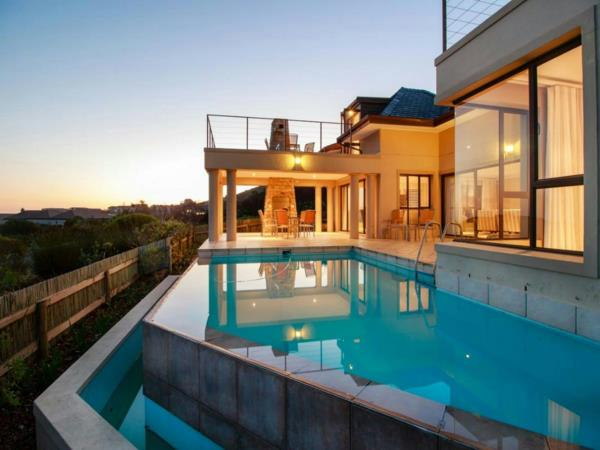 4 bedroom house for sale in Pezula Golf Estate