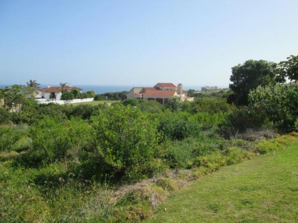 922 m² vacant land for sale in Outeniqua Strand