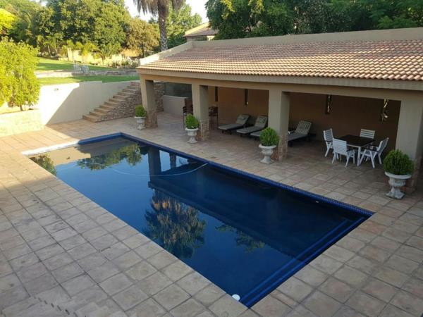 12 guest room guesthouse for sale in Ifafi