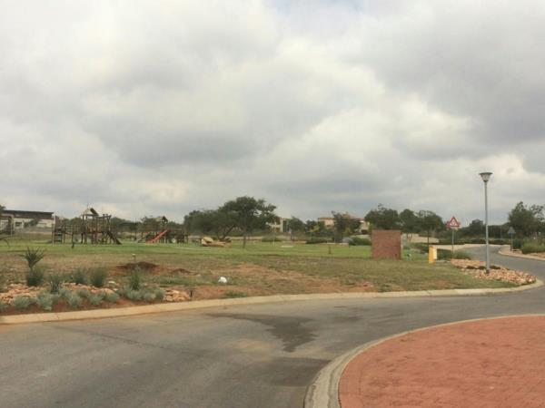 17654 m² residential vacant land for sale in Bendor Park
