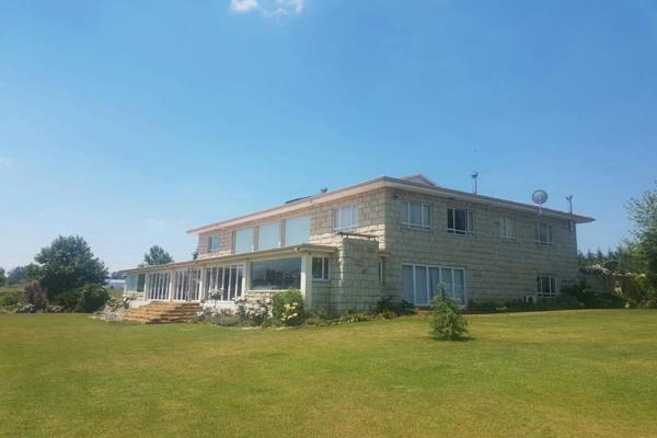 41.4 hectare mixed use farm for sale in Mooi River