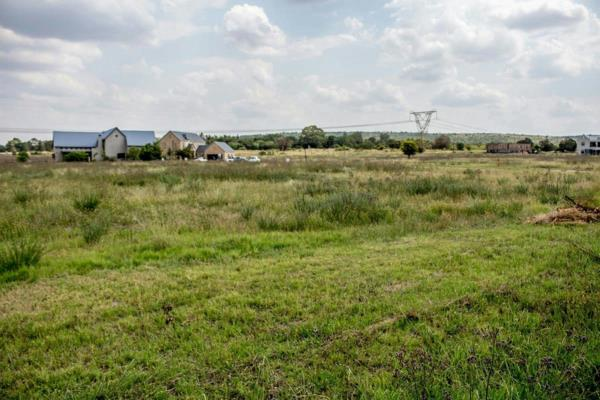 999 m² residential vacant land for sale in Waterlake Farm