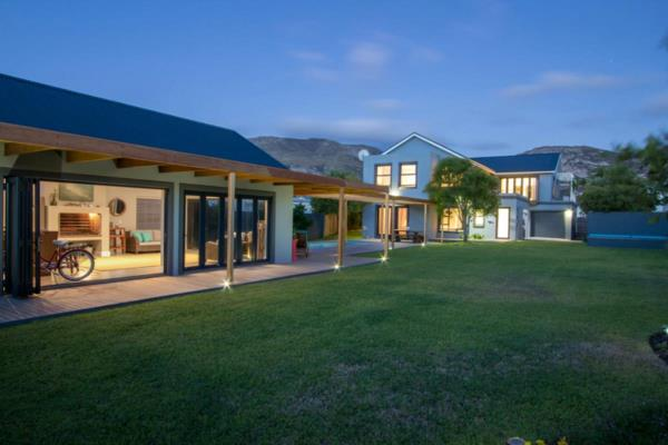 3 bedroom house for sale in Fernkloof Estate