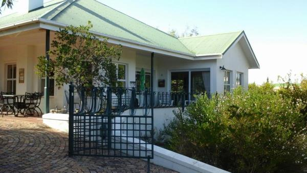 2 bedroom house for sale in Theewaterskloof