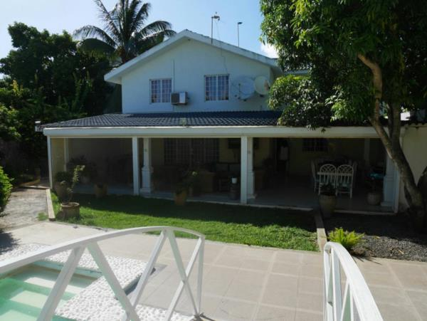 4 bedroom house for sale in Calodyne (Mauritius)