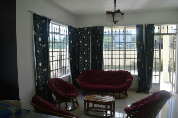 2 bedroom apartment to rent in Pointe aux Canonniers (Mauritius)