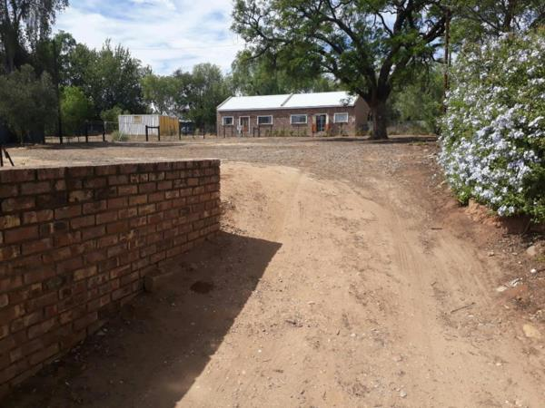 1020 m² vacant land for sale in Oudtshoorn Central