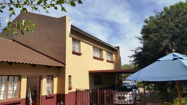 10176 m² smallholding for sale in Leeuwfontein