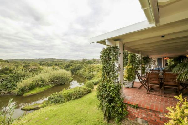 8 hectare smallholding for sale in Gonubie