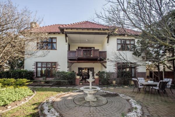 6 bedroom house for sale in Rosebank (Cape Town)