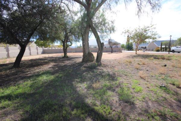910 m² vacant land for sale in Oudtshoorn
