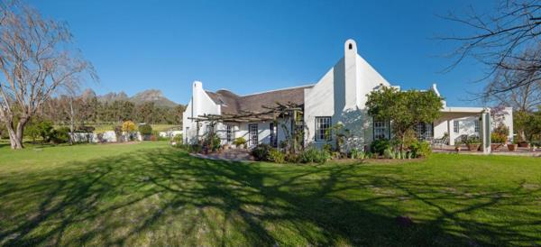 4.87 hectare lifestyle property for sale in Stellenbosch Farms