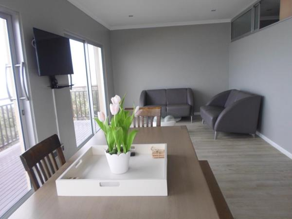 2 bedroom apartment for sale in Freeland Park