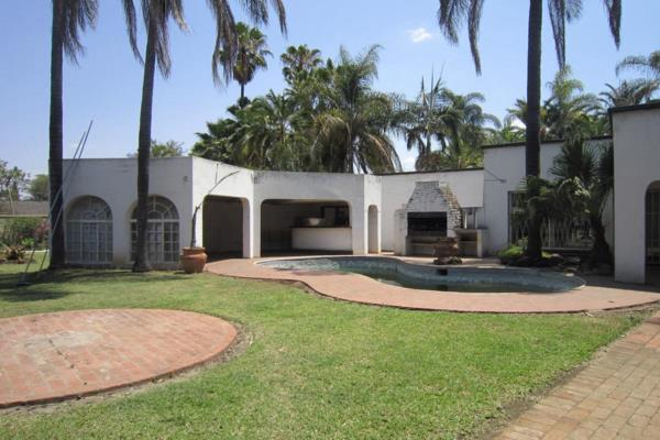5 bedroom house for sale in Strathaven (Zimbabwe)