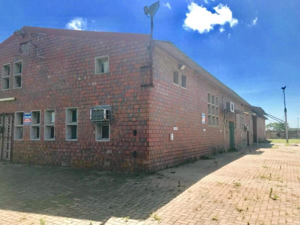 5000 m² commercial industrial property to rent in Alton