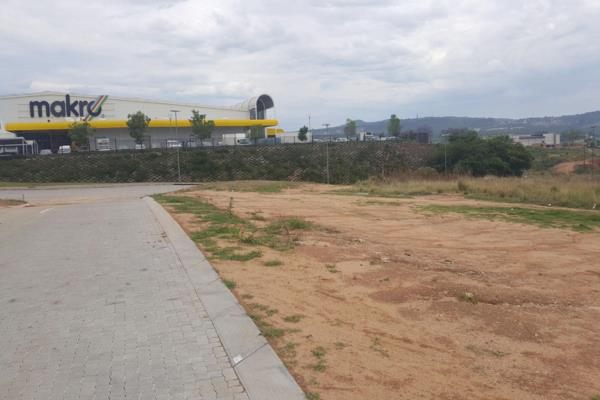 7000 m² commercial vacant land for sale in Riverside Park