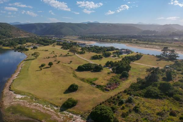 4268 m² vacant land for sale in Keurbooms