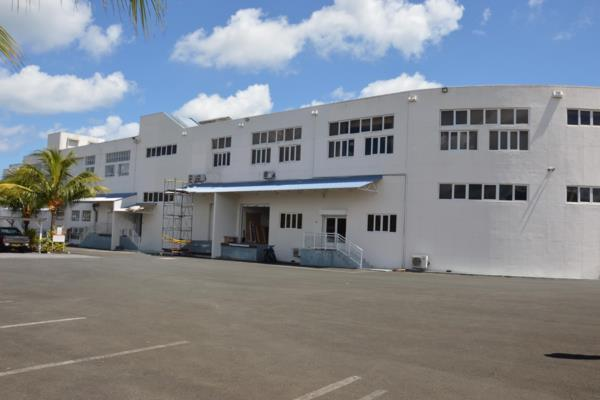 890 m² commercial industrial property to rent in Pamplemousses (Mauritius)