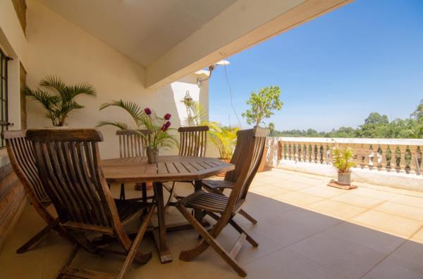 3 bedroom apartment to rent in Kyuna  (Kenya)