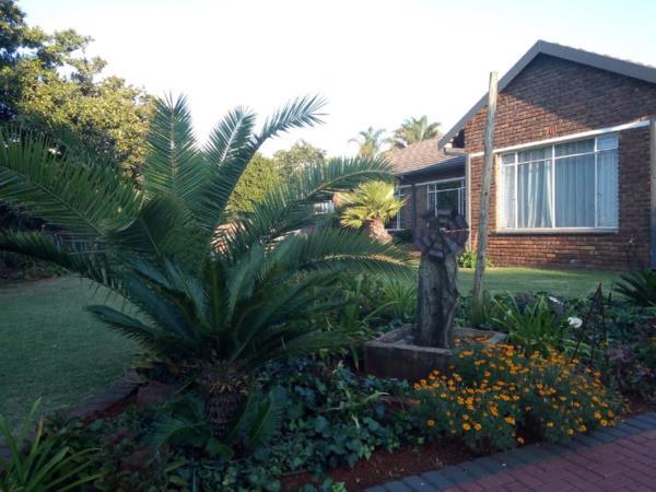 3 bedroom house for sale in Kanonkop (Middelburg)
