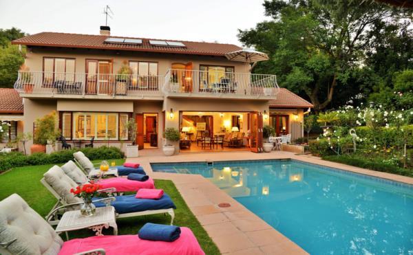 9 bedroom house for sale in Edenburg (Rivonia)