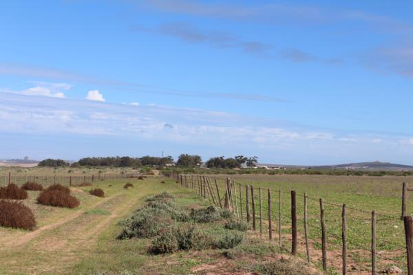 815 hectare mixed use farm for sale in Vredenburg