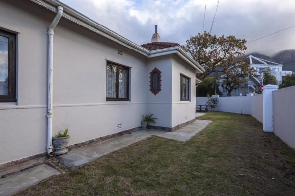 10 bedroom house for sale in Rondebosch
