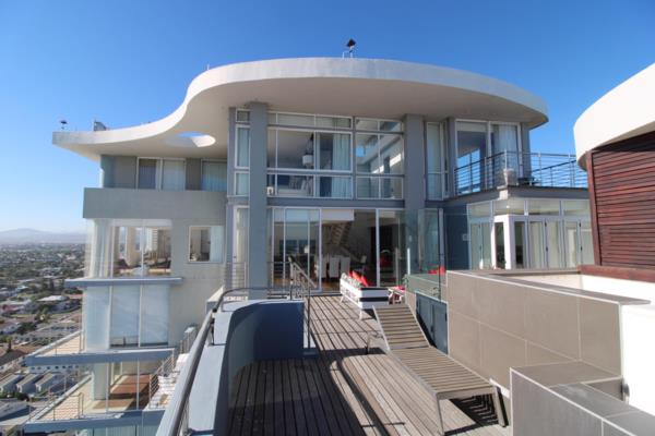 3 bedroom penthouse apartment for sale in Bloubergrant